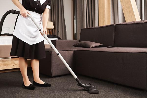 ¿Interesada en contratar empleadas internas fuera de España?   Agencia de servicio doméstico @agenciaMzugasti